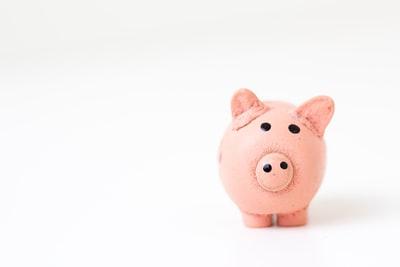 作曲家の印税収入と税金はいくら?平成で一番使われた曲も調査!